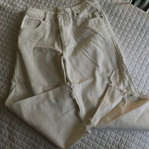 Cotton On High Waist cropped off white jeans.